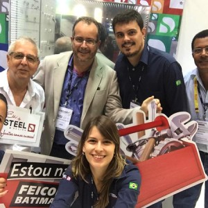 Steel-Design-Cobertura-Feicon-2015-Foto13